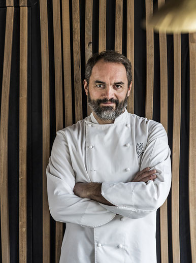 christophe aribert chef etoilé cuisinier hotelier contact booking french chief