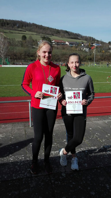 Annika Schepers (links), Katrin Billing (rechts)