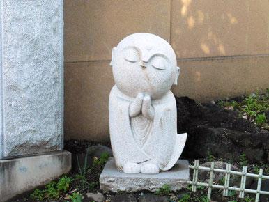 小坊主さんの石像(伊勢崎市・延命寺)