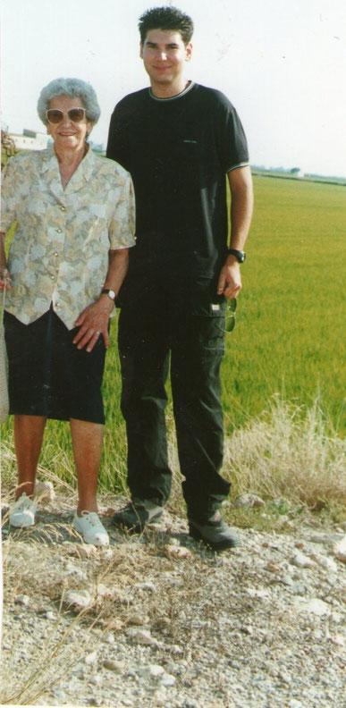 Yaya y Javi en los arrozales.