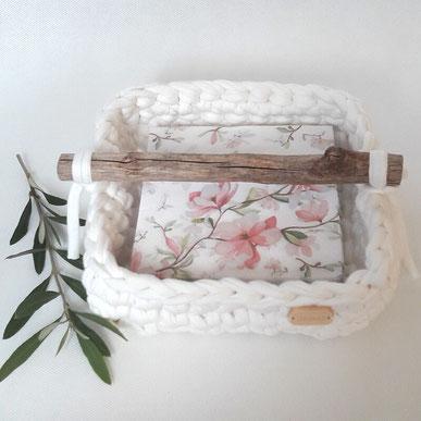 Gedeckter Tisch - Serviettenkorb Ronja wollweiss - handmade