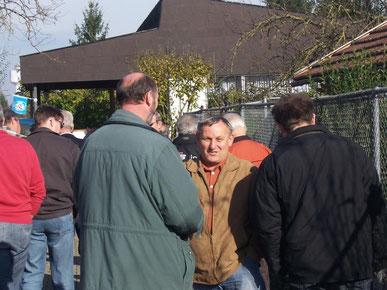 Mato bei einem Gruppentreffen