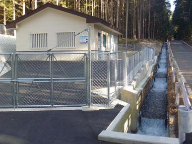 小水力発電施設の写真