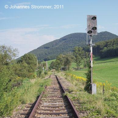 Bahnstrecke Weissenbach-Neuhaus - Hainfeld (Leobersdorfer Bahn); Einfahrsignal vom Bahnhof Altenmarkt-Thenneberg