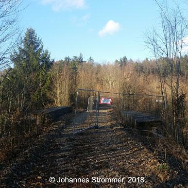 Bahnstrecke Weissenbach-Neuhaus - Hainfeld (Leobersdorfer Bahn); Brücke über die L119 ohne Gleise