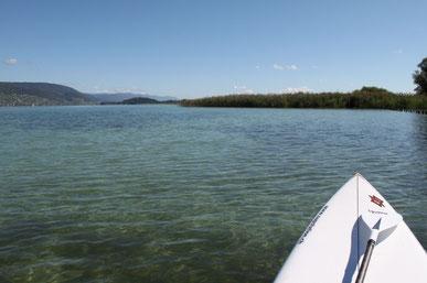 Mit dem Stand Up Paddle Mietboard unterwegs auf dem Bielersee