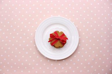 いろんな春の花たち。菜の花、チューリップ、スイトピーなど。