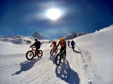 Fat bikes on the Dachstein