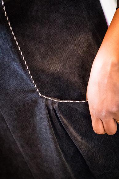 Robe vogue, Louis antoinette paris_danse des aiguilles_ détail plis des poches et passepoil