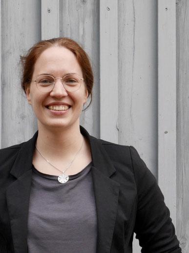 Portrait: Andrea Galonska, Mitarbeiterin Landkreis Heidekreis, Kreisentwicklung und Wirtschaft