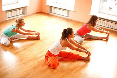 Ausbildung Yogalehrer Yogaschule Schulungszentrum Voglreiter