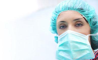 Manchmal können Zähne nur durch zusätzliche chirurgische Maßnahmen gerettet werden.
