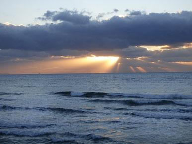 寒空の中、少し夕日が顔出してくれました。