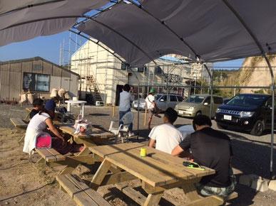 定例会や宮崎帰りのメンバーが寄ってワイワイ 仲間が集います。