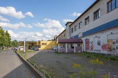 Blick entlang der ehemaligen Stallgebäudereihe 1.