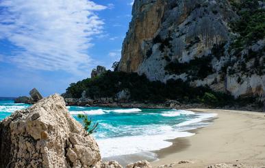 les randonnées incontournables à faire en Sardaigne