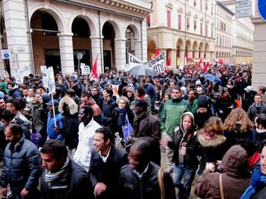 Pro-immigrantdemo i Bologna