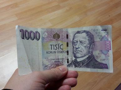 Einmal einen 1.000er besitzen - bei den Tschechen ist das möglich! (Umgerechneter Wert etwa 35€)