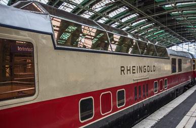 Der TEE Rheingold im Berliner Ostbahnhof.
