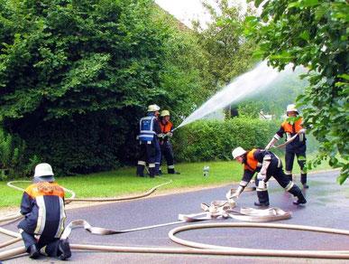 Schauübung der Feuerwehr Pölling