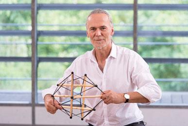 Dr. Robert Schleip, Rolfing und Faszienforscher