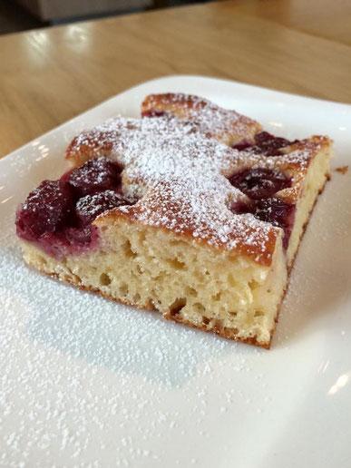 Sauerkirschen-Topfen-Kuchen