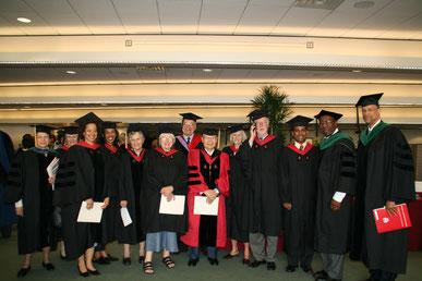 ハーバード大学での一コマ、授賞記念 (Commencementにて)