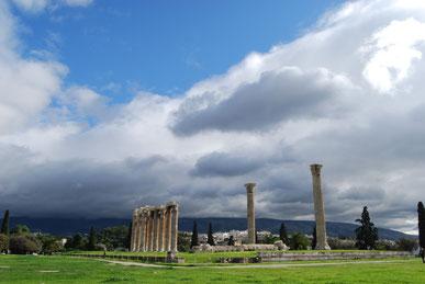 Le temple de Zeus à Athènes en Grèce, voyage à vélo en Grèce, bike touring