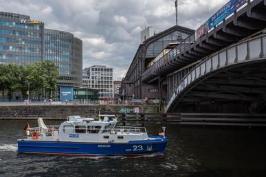 """Wasserschutzpolizeiboot """"Seeadler""""."""