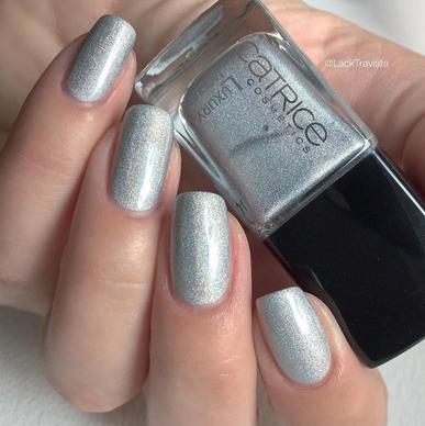 Catrice • Never No To Holo • LUXURY LACQUERS SUMMER 2015
