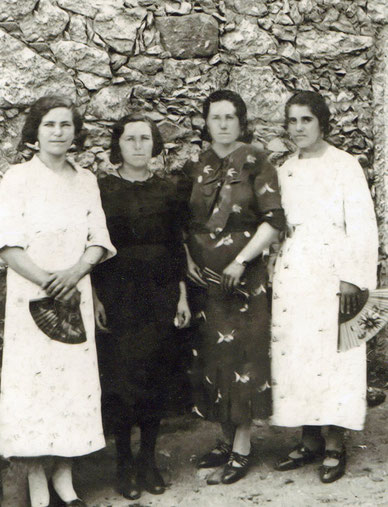 Genara, Teresa, Bibiana y Sabina.