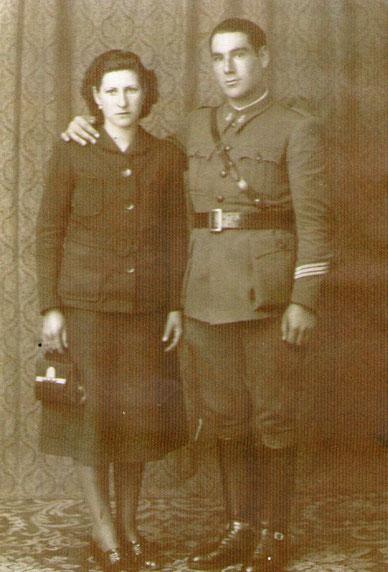 Tío Blas y tía Juana. P. Privada.