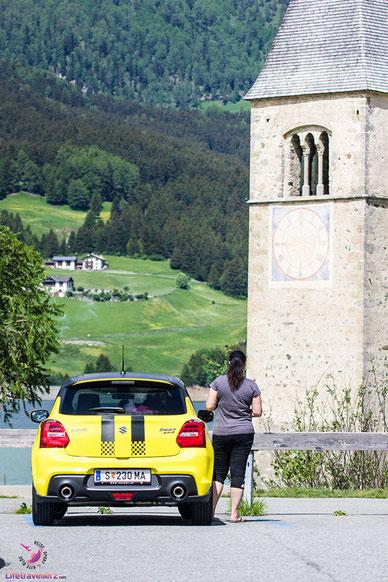 Der Kirchturm am Reschensee in Südtirol