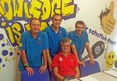 Unser Team: hinten von links Kurt Klotz, Saim Aslani, Boris Benedum, vorne Uschi Klotz