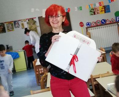 kamsihibai kamishibook Albania viaggio scuola nfanzia teatrino valigia racconti fiabe libri