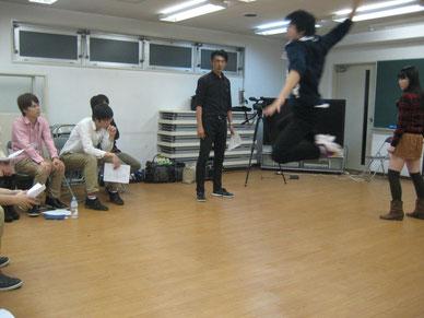 ジャンプ攻撃!
