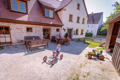 Altes Bauernhaus renoviert Innenhof