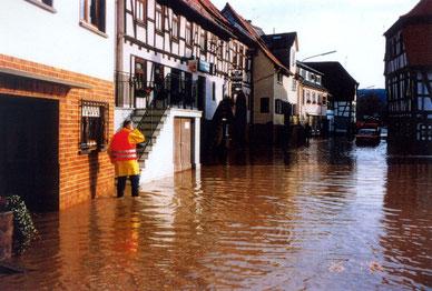 Breuberg während des Hochwassers 1995