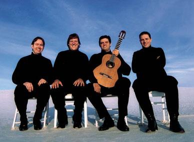 Santa Fe Guitar Quartet. De izquierda a derecha: Christopher Dorsey, Eric Slavin, Mariano Fontana y Miguel Piva