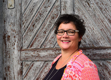 Gabriele Buchner, Wortwechsel in violett, Talkshow für Weltverbesserer