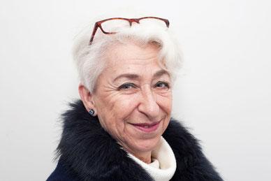 Naomi Susan Isaacs Wortwechsel in violett