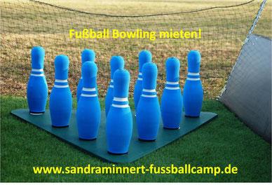 Fussball Bowling mieten Eventmodule Verleih Frankfurt Sandra Minnert Fussballcamp Torwand mieten aufblasbar Fussballmodule EM 2016 Event Public Viewing Ideen Menschenkicker Kindergeburtstag