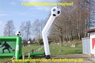 Skydancer Verleih Eventmodule Attraktionen Fussballmodule mieten Bowling Billiard Kundenevent Promotion Fussball EM 2016