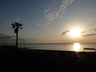 今日から3月ですね。穏やかな海でした。