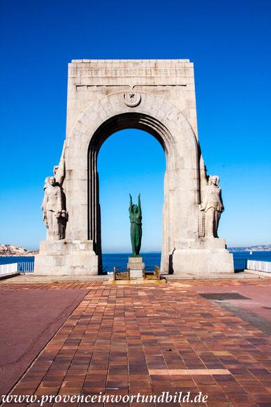 Bild: Monument aux Armées d´Afrique, Marseille