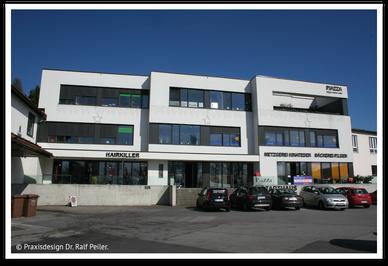 Praxisgebäude Zahnärzte Neubauer Bayerwaldstraße 10 in Hauzenberg (© Praxisdesign Dr. Ralf Peiler)