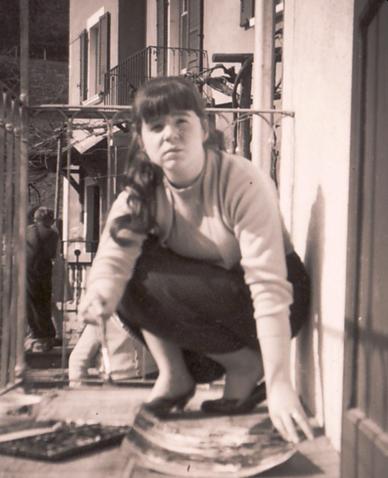 Bettina beim Malen in Locarno, 1956