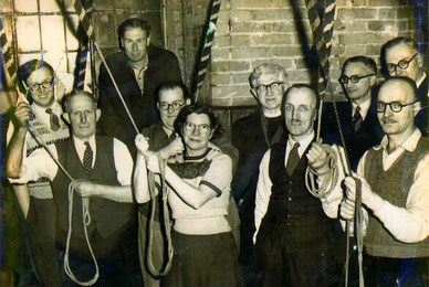 The first team to ring the new bells 22 November 1952