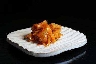 貝柱うに漬けは自然な甘味芳醇、旨味と磯の香濃厚な味に仕上がっております