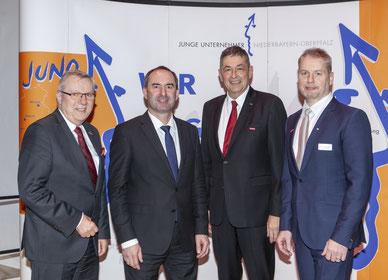 v.l.n.r: Jürgen Kilger, Hubert Aiwanger, Dr. Georg Haber, Bernhard Heß; Foto: Fotostudio Bosl